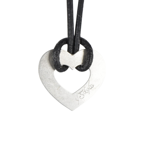 Coeur runes ajouré - Pendentif