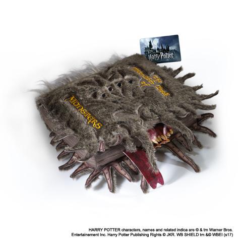 Grande Peluche Livre des Monstres - Harry Potter